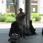 Right at the station we have another street musician. [2010/09/18 - Kobe/Kobe JR Station]