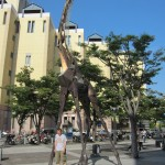 Me and the giraffe... [2010/09/18 - Kobe]