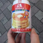 I started the day with another new drink: a pancake-flavored one. [2010/09/26 - Tokyo]