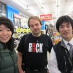 ...to test-shoot a couple new Canon cameras. [2010/09/27 - Tokyo/Akihabara]