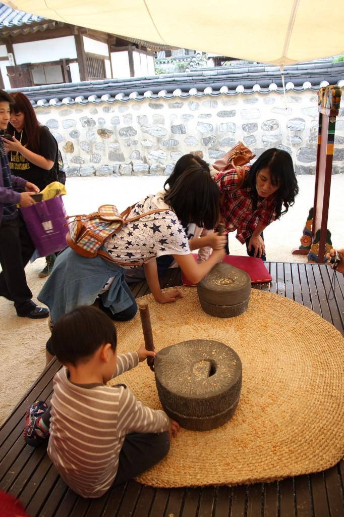 Namsangol Hanuk Village / Seoul [2012/09/30 - 13:06:33]
