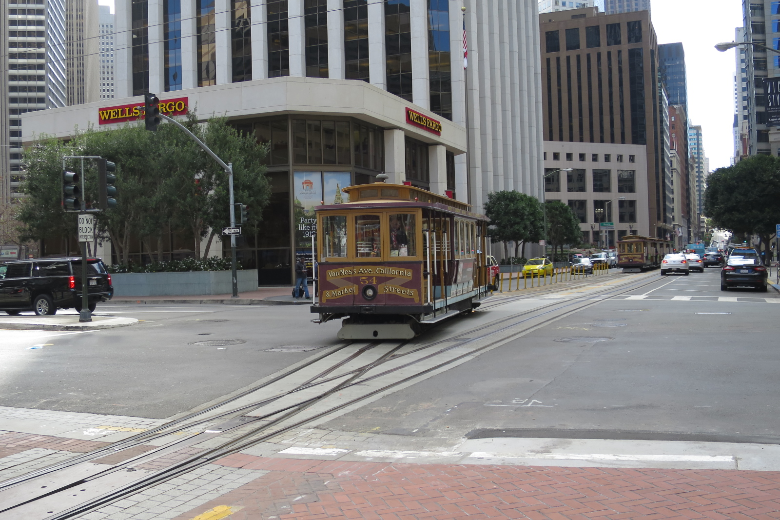 sanfrancisco-36-back_in_san_francisco_its_finally_time_for_a_cable_car_ride-20150302_143254_s120_img_3182_down1600