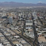 lasvegas-75-looking_down_from_stratosphere_tower_1-20150312_113254_6d_img_7194_down1600
