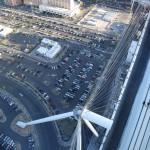 lasvegas-85-looking_down_almost_at_the_highest_point_just_a_little_bit_further-20150312_174351_6d_img_7303_down1600