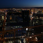 lasvegas-88-as_i_found_out_while_returning_from_my_grand_canyon_tour_even_from_over_100_miles_away_the_lights_of_las_vegas_are_still_visible-20150313_191341_6d_img_7391_down1600
