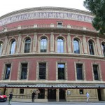 014-Walking_around_Royal_Albert_Hall_1-20160902_163933_6d_img_5249_down1920