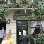 045-...but_with_a_line_stretching_down_the_block_we_opted_for_the_Sherlock_Holmes_Museum_Souvenir_Shop_instead-20160903_134453_g9x_img_1654_down1920