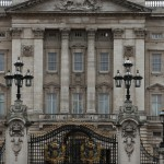 079-A_couple_shots_of_Buckingham_Palace_before_we_move_on...2-20160904_121140_6d_img_5704_down1920