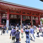 088-And_now_we_are_actually_at_the_main_hall_of_Sensoji-20160429_121250_6d_img_3407_down1920